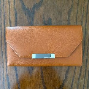 💰 NEW Franco Sarto Leather Wallet